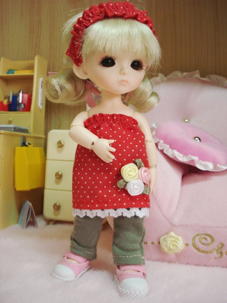s01-smileseason-2009-08-30-doll-dress-lati-8